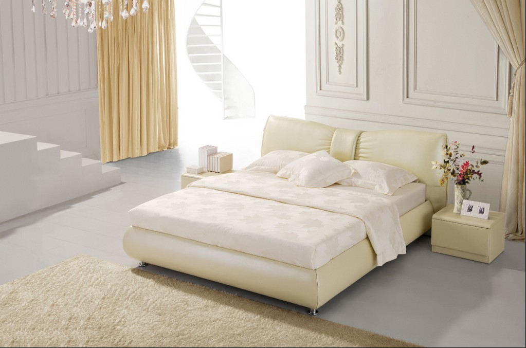 Двуспальная кровать 1092 с отделкой из натуральной кожи или из Эко Кожи
