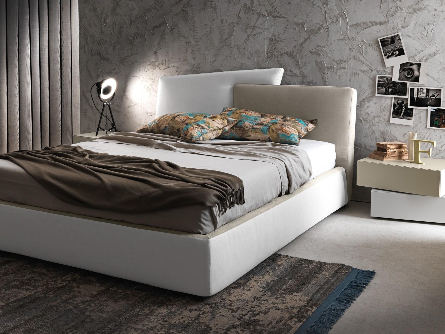 Двуспальная кожаная кровать Iris (Ирис)