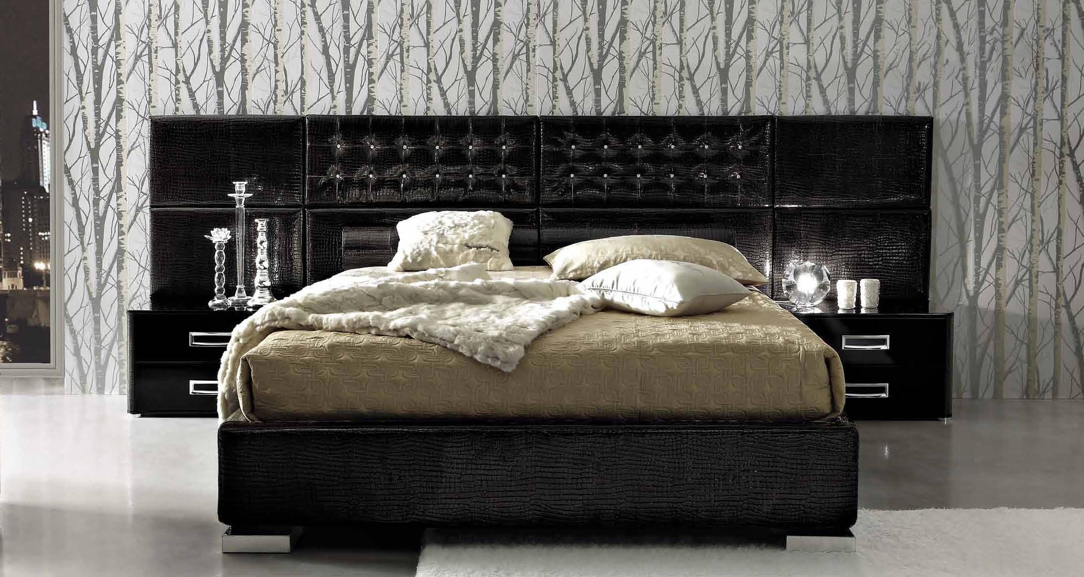 Двуспальная кожаная кровать Luxury 2