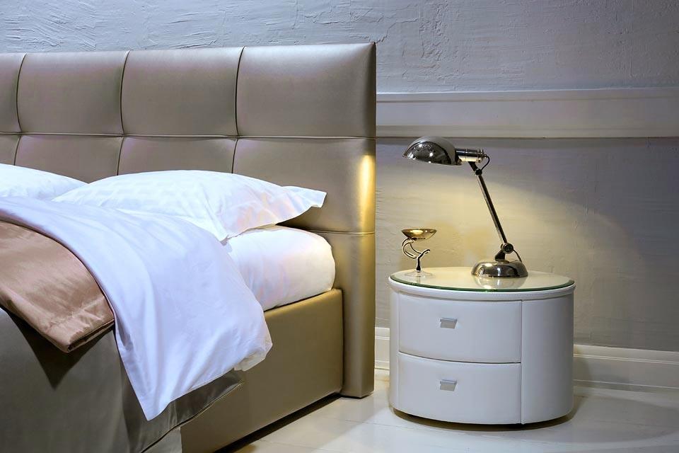 Двуспальная кожаная кровать Murena 5