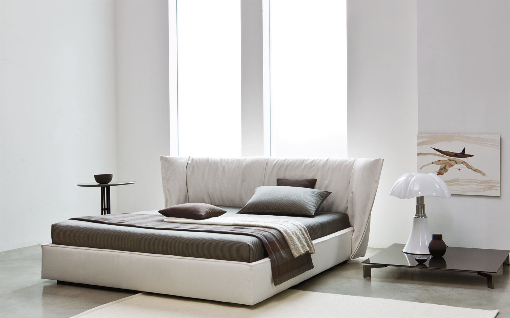 Двуспальная кожаная кровать Sandia 1