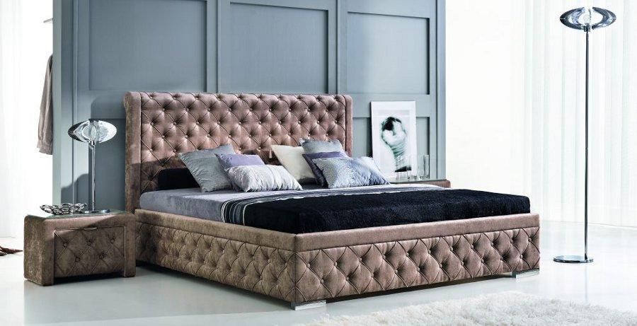 Кровать в алькантаре
